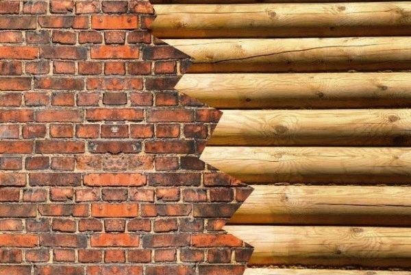 Как обложить кирпичом деревянный дом