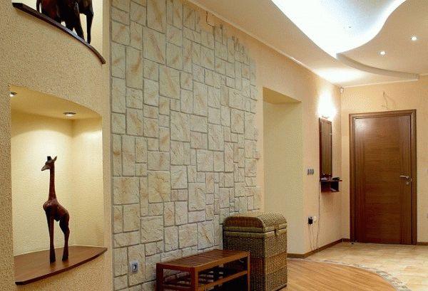 В настоящее время плитка является популярным материалом для отделки стен в коридоре