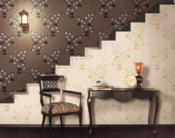 Выбирать светлые или, наоборот, темные отделочные материалы нужно, ориентируясь на размеры отделываемого помещения