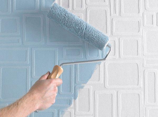 Флизелиновые обои под покраску можно перекрашивать несколько раз, что идеально для хозяев, стремящихся к регулярному обновлению интерьера