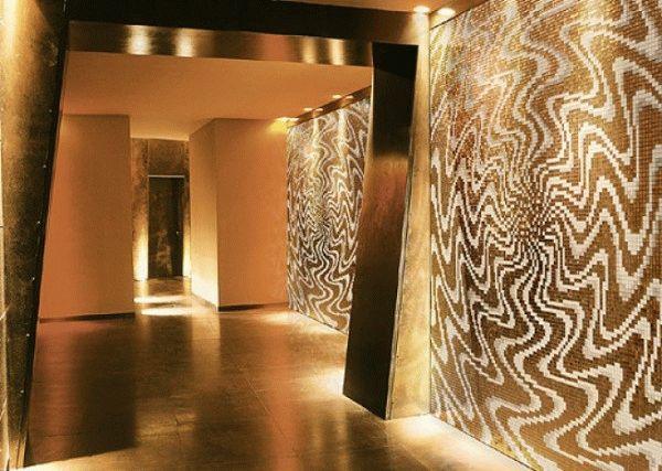 Отделка мозаикой требует большой площади помещения