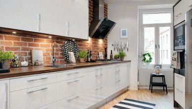 Кирпичная стена на кухне