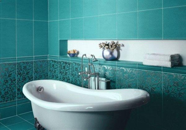 Делая ремонт в ванной комнате, не обязательно приобретать новую сантехнику, можно просто отреставрировать старую