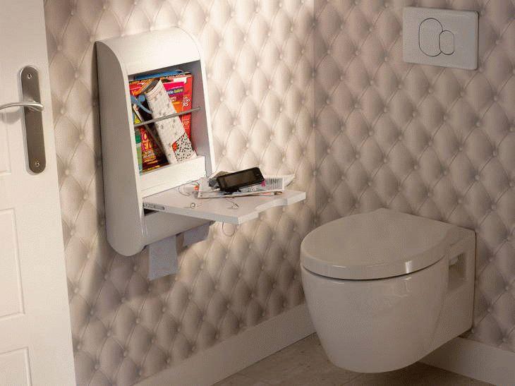 Разнообразие фактур и узоров, а также доступная стоимость материала делают обои отличным вариантом для отделки туалета