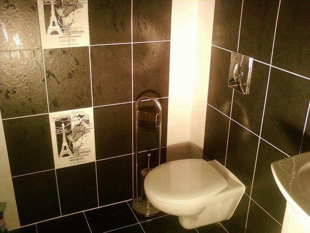 Черно-белое сочетание плитки в туалете