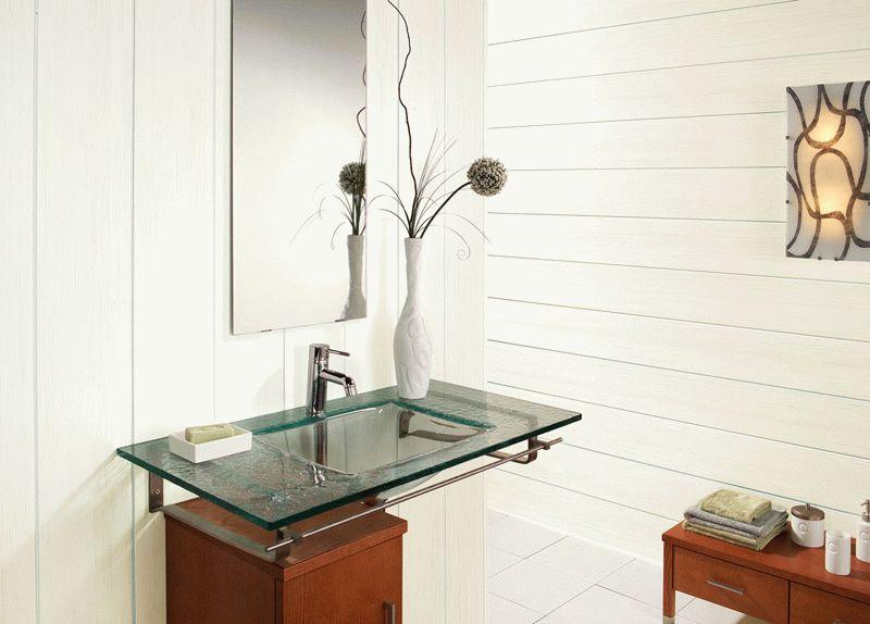 Пластиковые панели - достаточно востребованный и доступный вариант отделки ванной комнаты