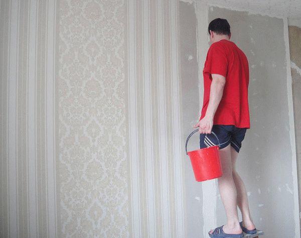 Выбор шпаклевочной смеси и способа ее нанесения (количество слоев) зависит от вида наклеиваемых на стены обоев