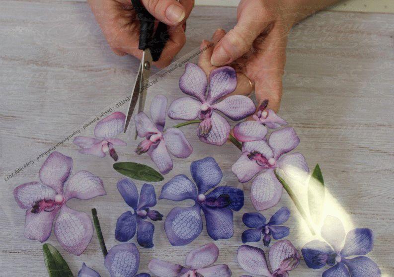 Вырезание цветка