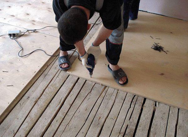 Монтаж фанеры на старое деревянное покрытие