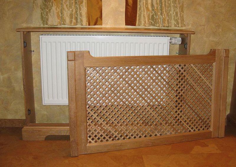 Деревянная конструкция для скрытия радиатора отопления