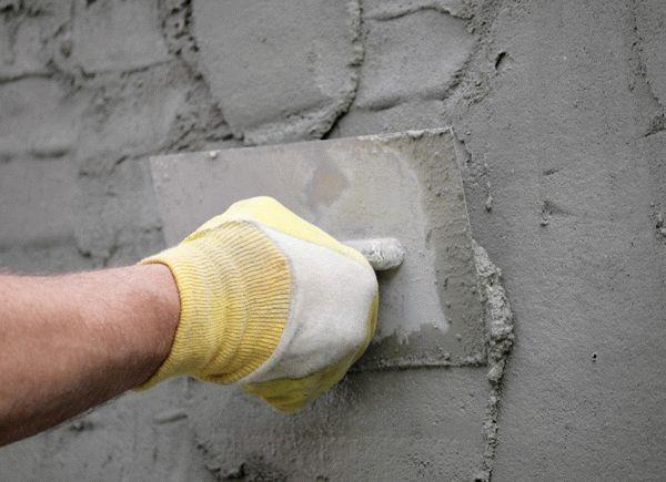 Цементно-песчаный раствор можно использовать для отделки фасадов и помещений с повышенной влажностью