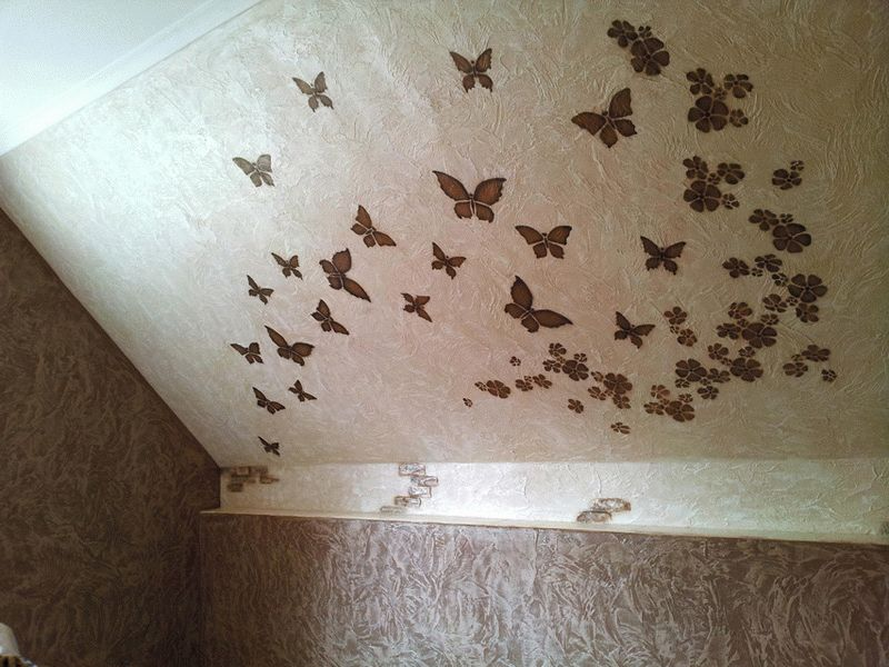 Рельефная штукатурка с бабочками