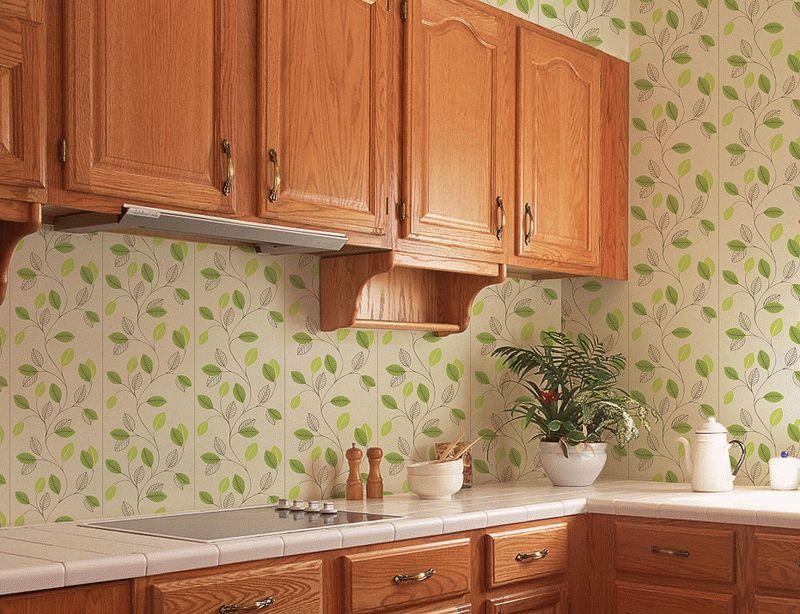 Благодаря водоотталкивающим свойствам и устойчивости к грибковым заражениям, пластиковые панели являются отличным вариантом для отделки ванной и кухни