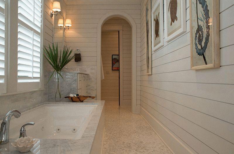 Реечные панели в ванной