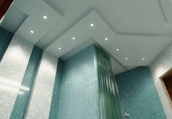 Выбирая гипсокартон для обшивки потолка в ванной комнате нужно обращать внимание на цвет материала, в этом случае он должен быть зеленым