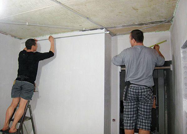 Разметка стен и потолка под обрешетку