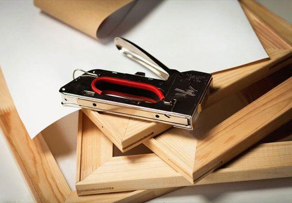 Деревянная рамка для картины