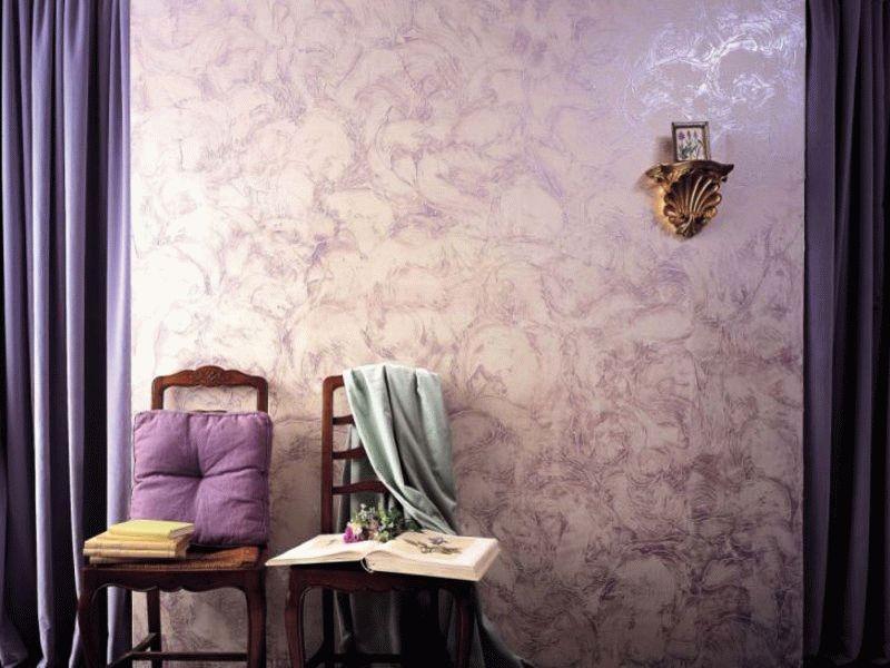 Фактурное окрашивание стены