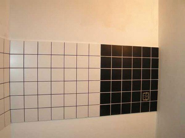 Черная затирка для белой плитки