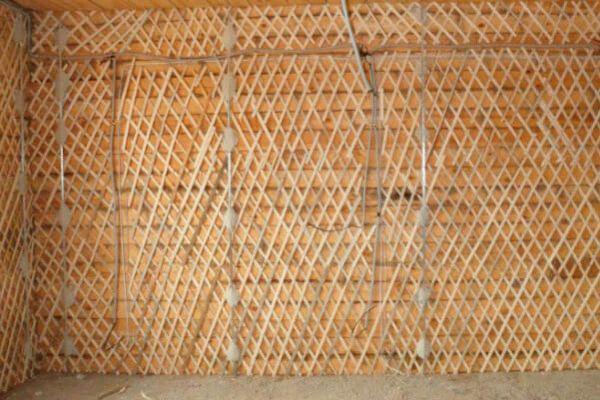 Обрешетка деревянных стен