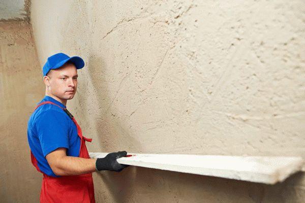 Для стартовых работ чаще всего используют цементно-песчаные штукатурки