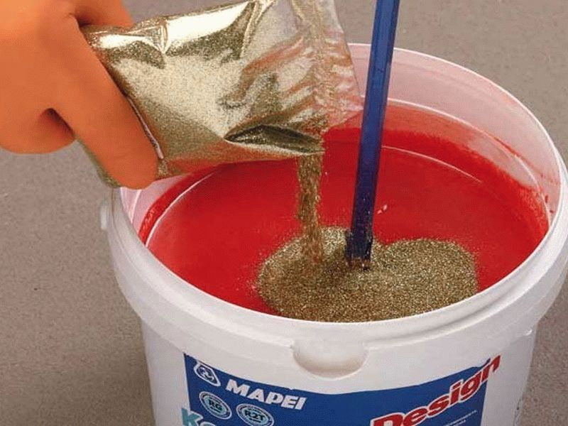 Процес приготовления раствора перед нанесением на поверхность.