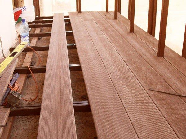 Террасная доска на балконе