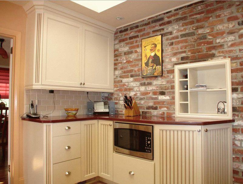 Декоративный кирпич на кухне