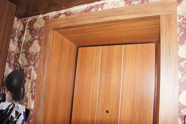 Как оформить дверной проем входной двери