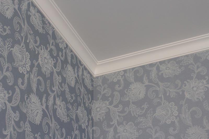 Потолочный плинтус под натяжной потолок