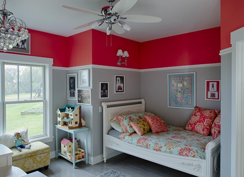 Покраска стен в два цвета с делением по горизонтали
