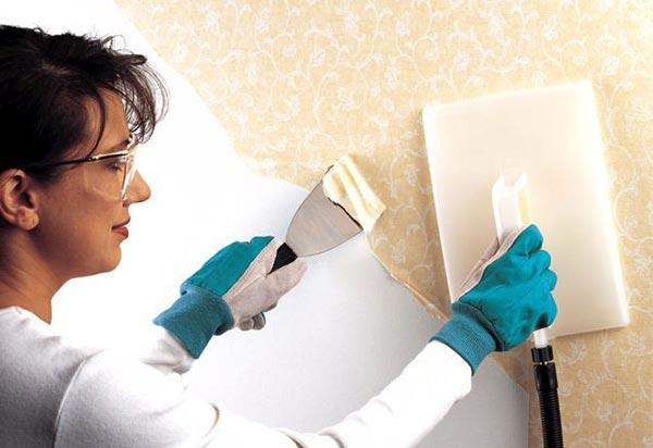 Применение парогенератора позволяет быстро и легко удалить рулонный материал