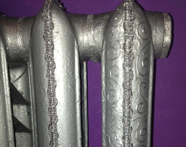 Радиатор, покрашенный серебрянкой