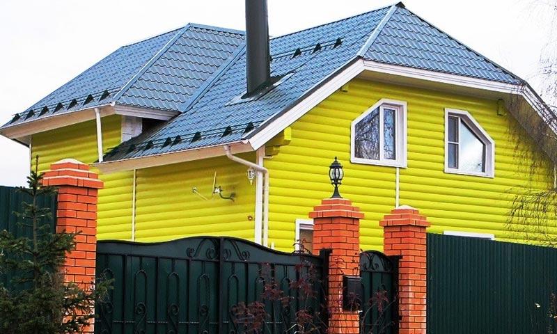 Ярко-желтый сайдинг