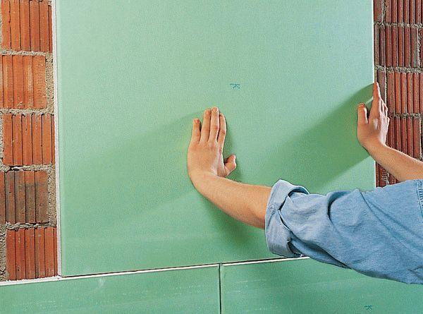 Гипсокартон на стены без каркаса и профиля: клеевая отделка, монтаж на саморезы (видео)