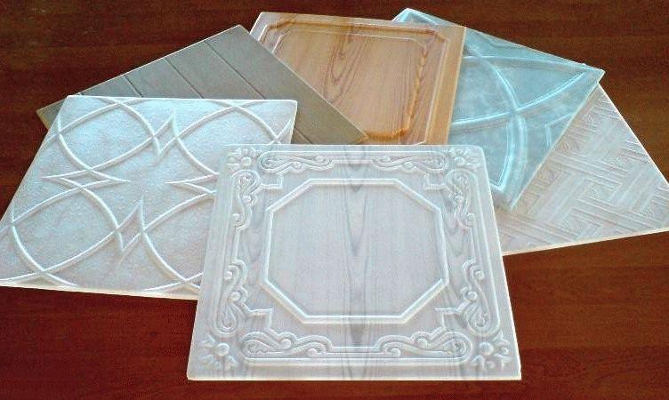 Ламинированная потолочная плитка не нуждается в обязательном окрашивании