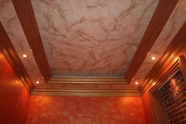 Оформление потолка декоративной штукатуркой