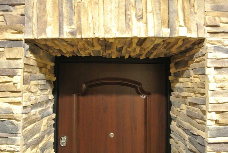 Оформление проема входной двери